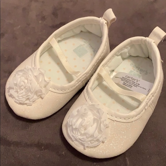 5d71590471a44 NWOT Infant girls 0-3 months dress shoes